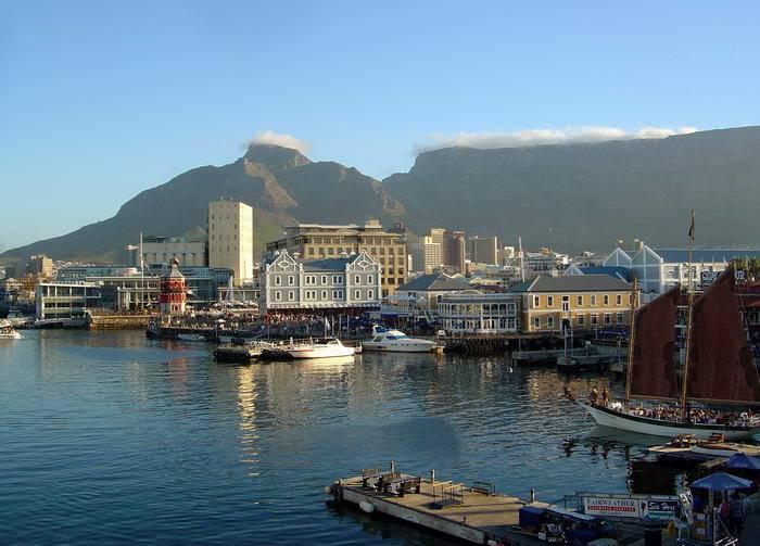 Если вы хотите поехать в Южную Африку и насладиться красотами местной флоры и фауны, не забудьте выд