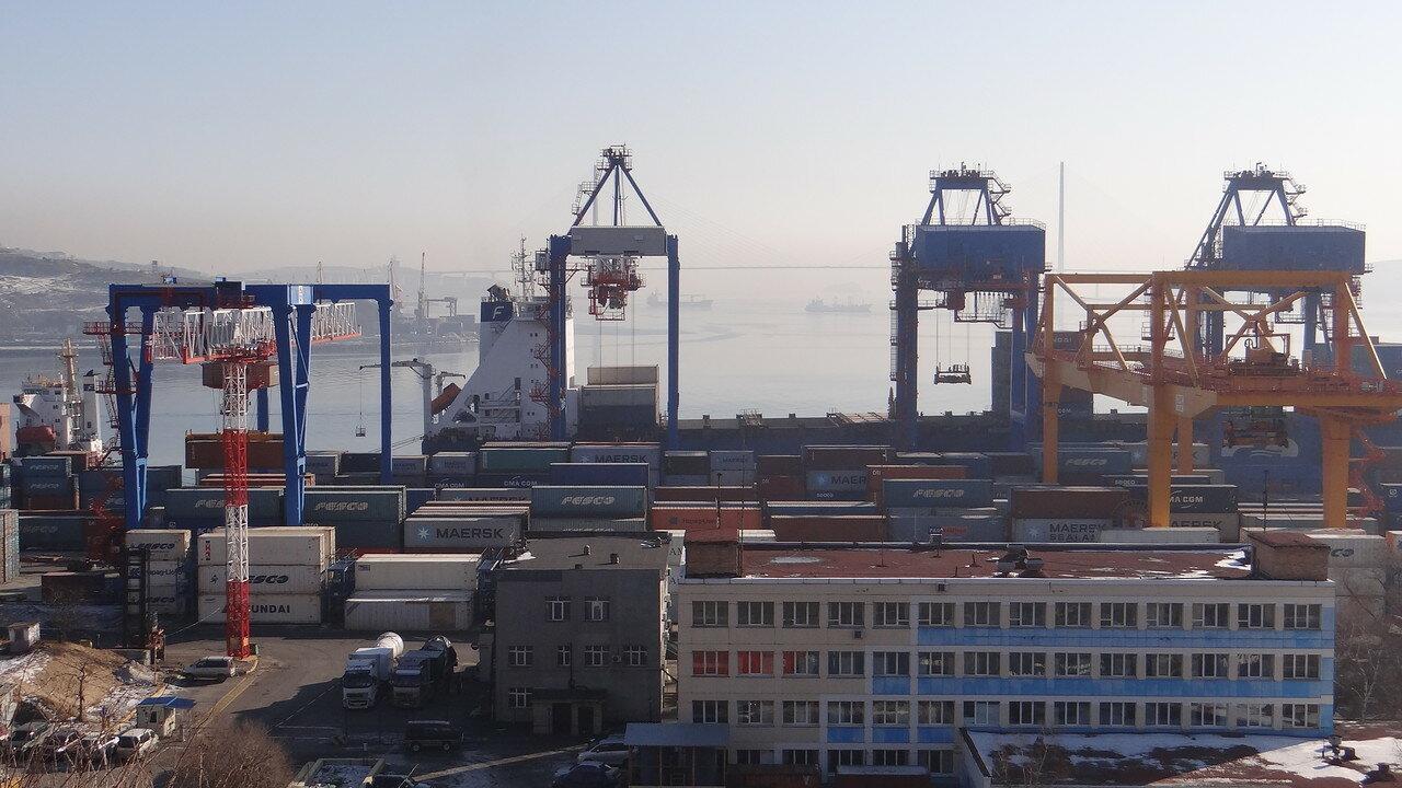 Владивосток. Порт.