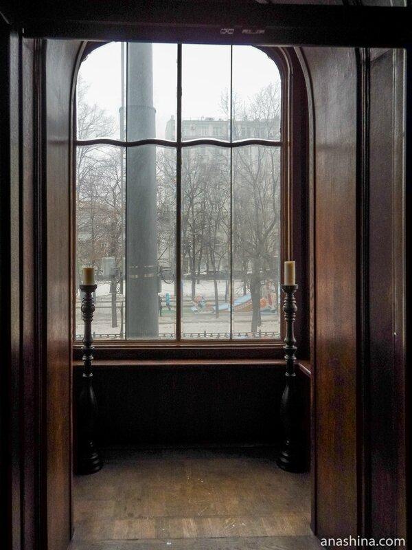 Эркер в Готическом кабинете, дом Смирнова