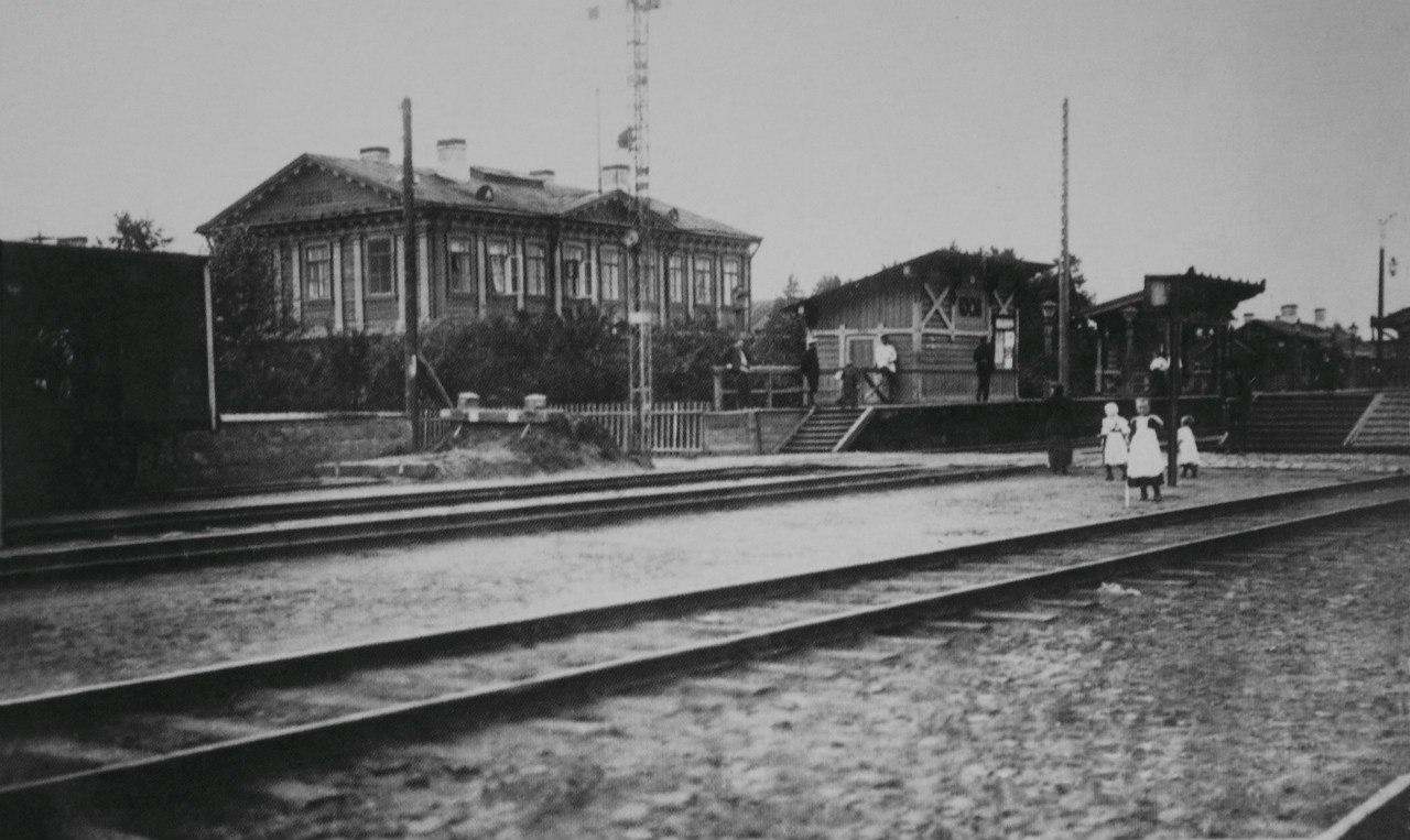Тосно. Железнодорожный вокзал
