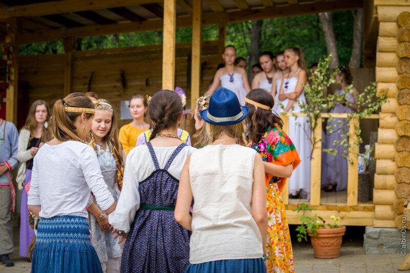 Вечерка в этнодеревне парка Машзавода