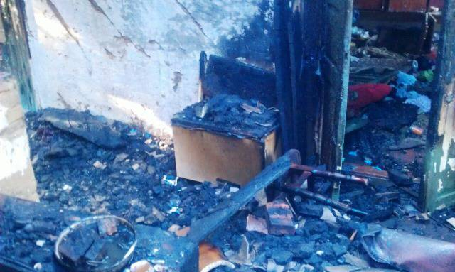 Ребенок погиб из-за пожара на Житомирщине, еще двух детей удалось спасти. ФОТОрепортаж