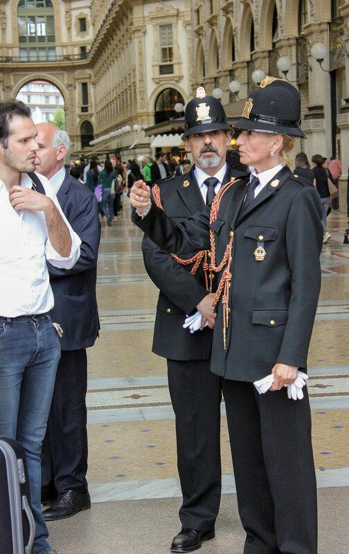 Охрана галереи Vittorio Emanuele II