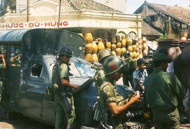 История самого молодого фотожурналиста Вьетнама — 12-летнего Ло Мань Хунга