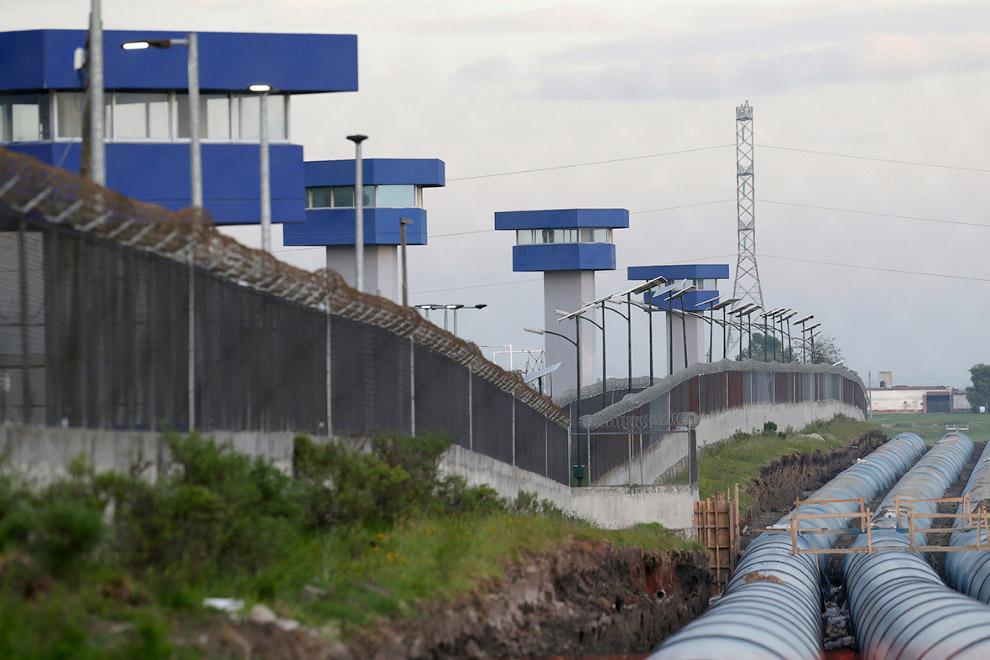 В этот раз Коротышка бежал из особо охраняемой тюрьмы «Альтиплано» в штате Мехико по туннелю дл