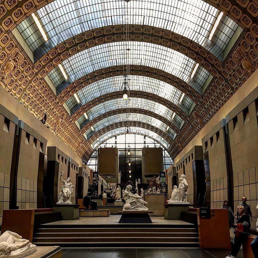 24. Музей Орсе (Париж, Франция) Коллекция музея располагается в здании бывшего железнодорожного вокз