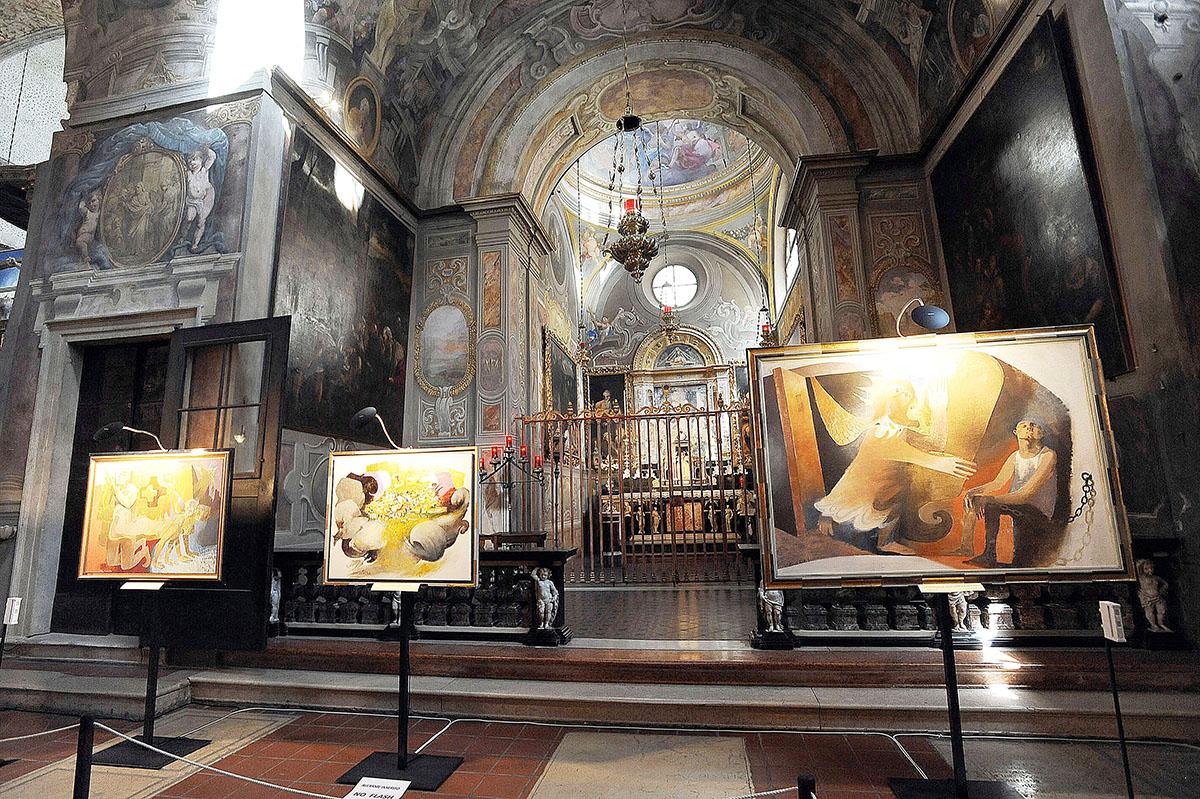 7. Интерьер Duomo Vecchio, или Ротонды. Строительство собора было начато в XI веке на месте стоявшей