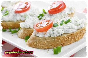 Бутерброды с пастой из скумбрии и сыра