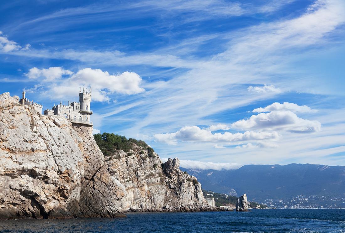 Зачем ехать в Крым?