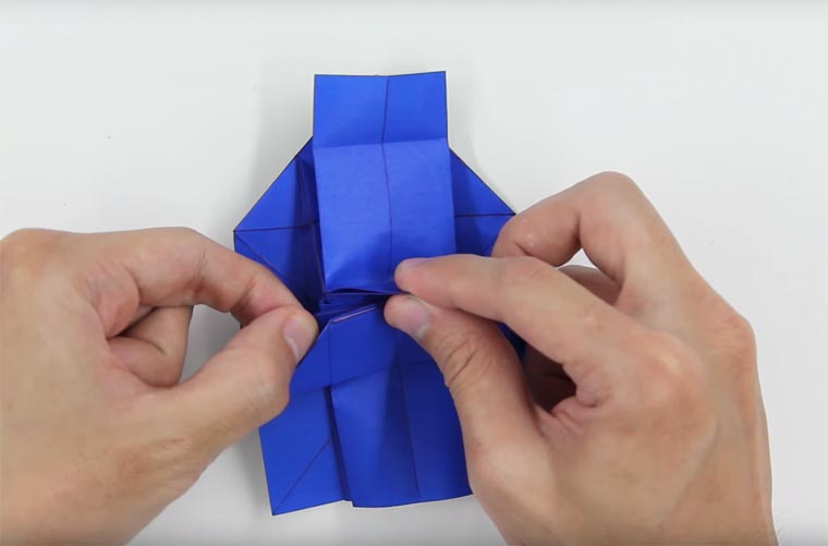 Learn how to fold an origami Darth Vader