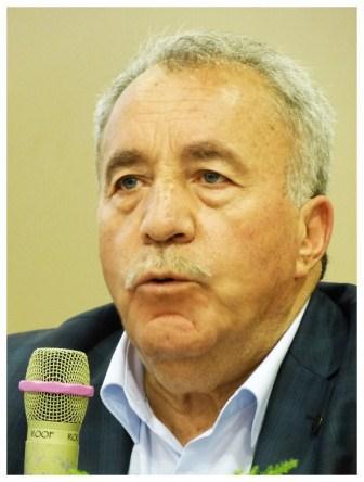 6-Yahya Akengin.JPG