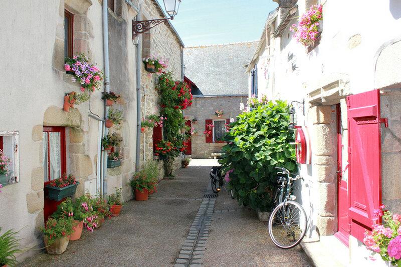 Деревенька ( Франция )