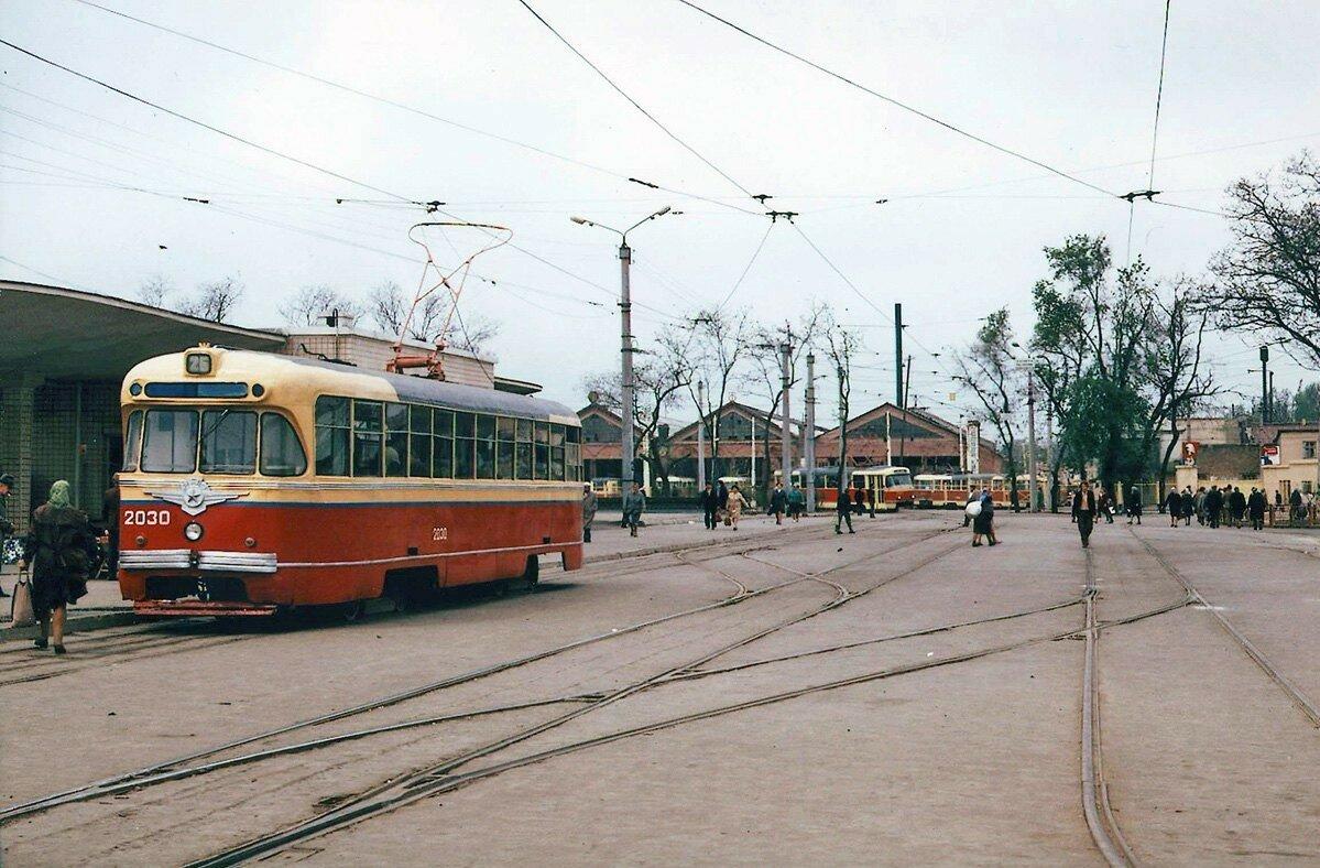 Конечная станция «Железнодорожный вокзал»
