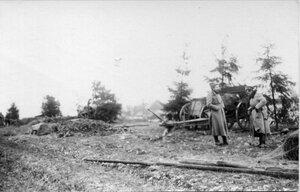 1915. Постройка окопов