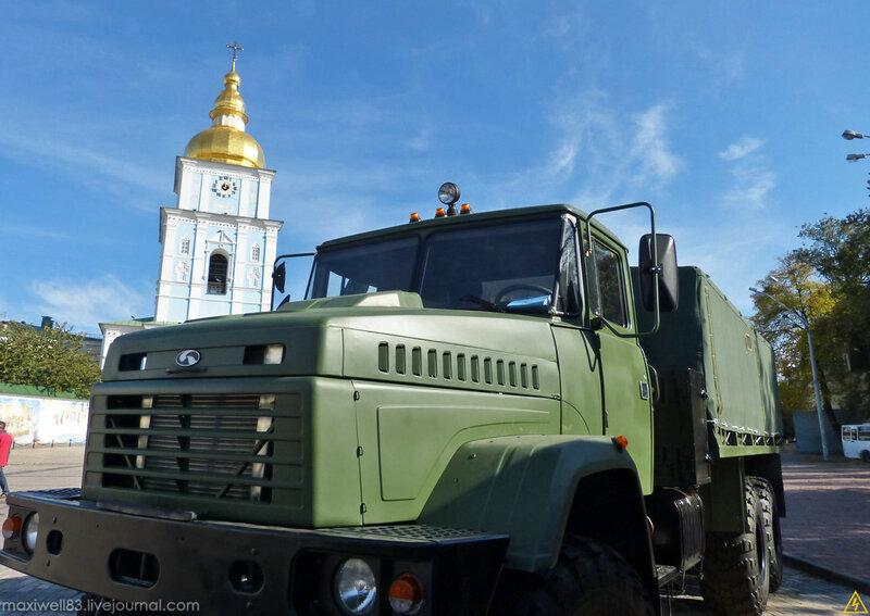 Виставка військової техніки «Сила Нескорених»