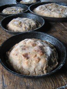 Ржаные пироги с капустой