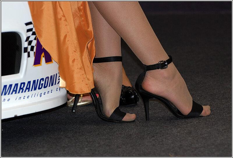 ножки на выставке