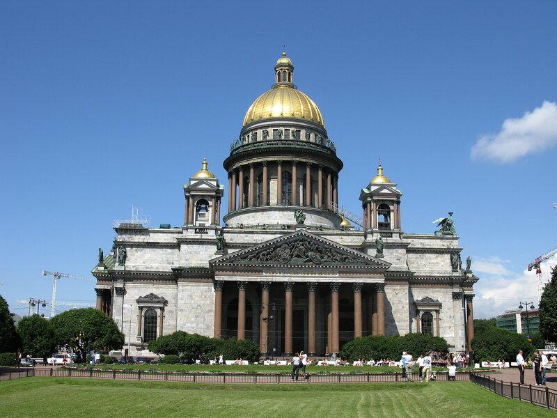 Исакиевский собор в Петербурге