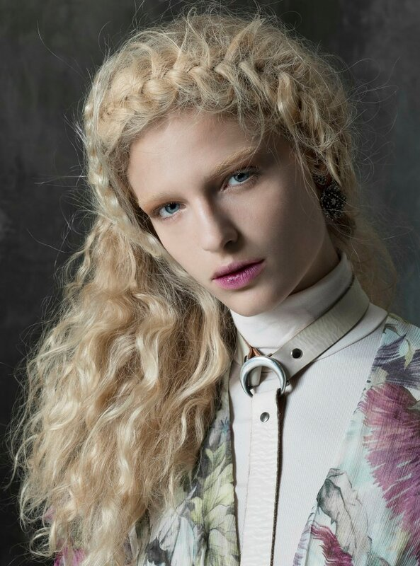 frederikke-sofie-by-michael-baumgarten-for-vogue-italia-december-2015