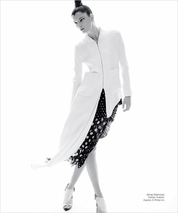 Ava-Smit-Ava-Smith-v-zhurnale-Harpers-Bazaar-Latin-America-9-foto