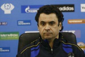 Тренер сборной Молдовы по футболу подал в отставку