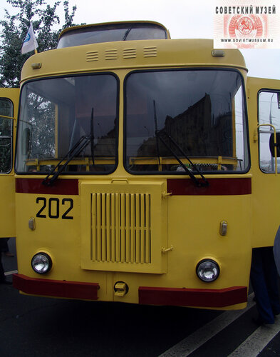 trolleybus-9.jpg
