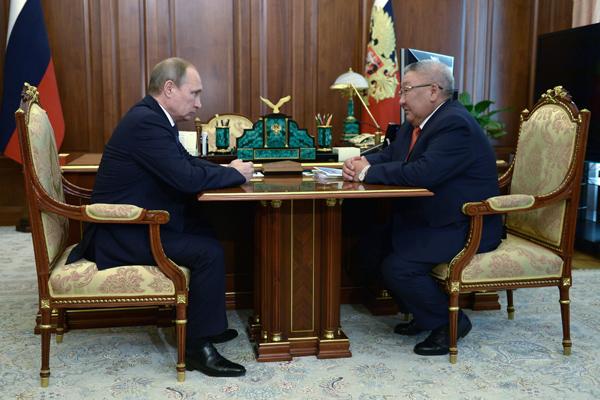 Глава Якутии пожаловался Путину на недоступность российских самолетов