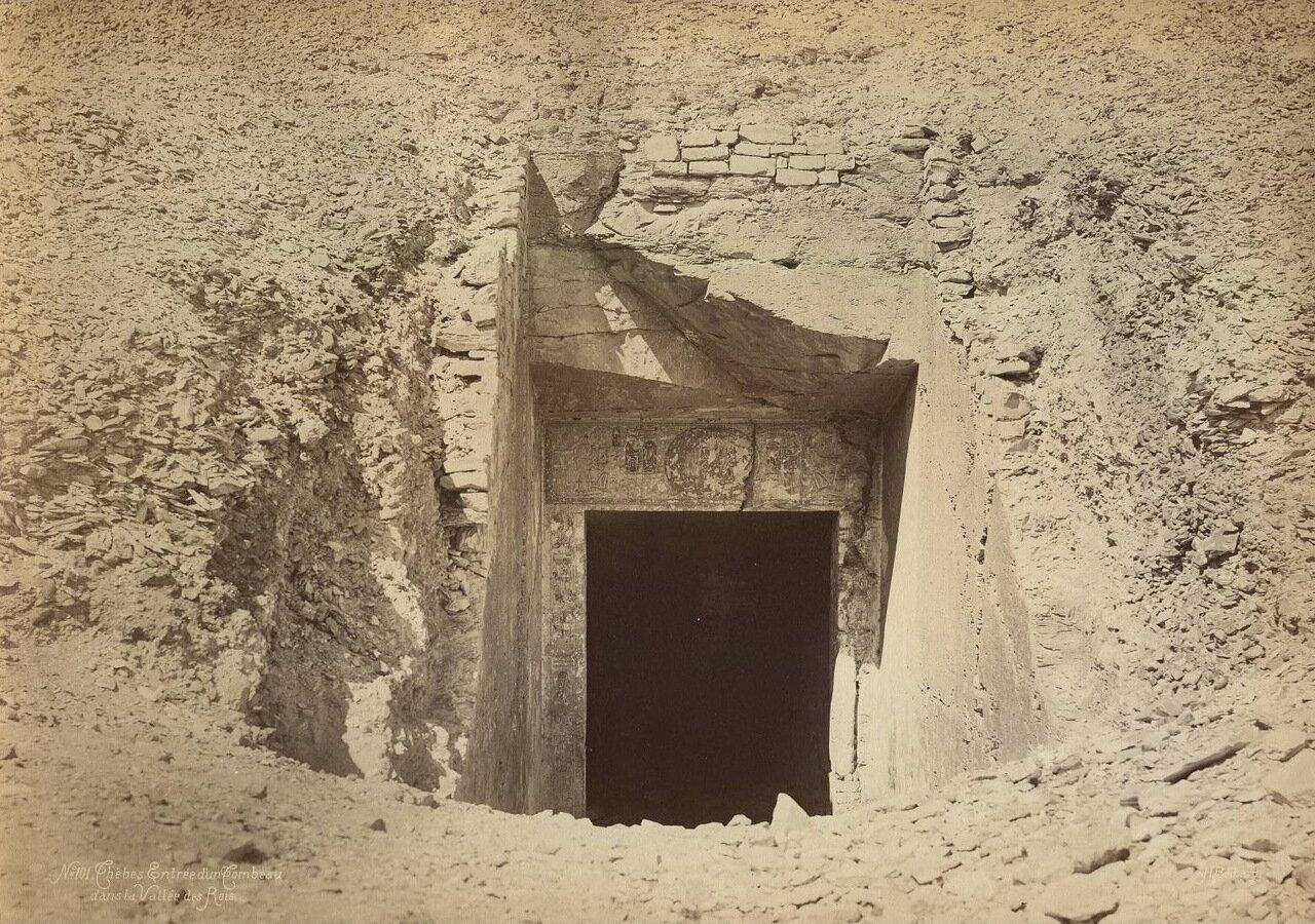 Вход в гробницу в Долине царей