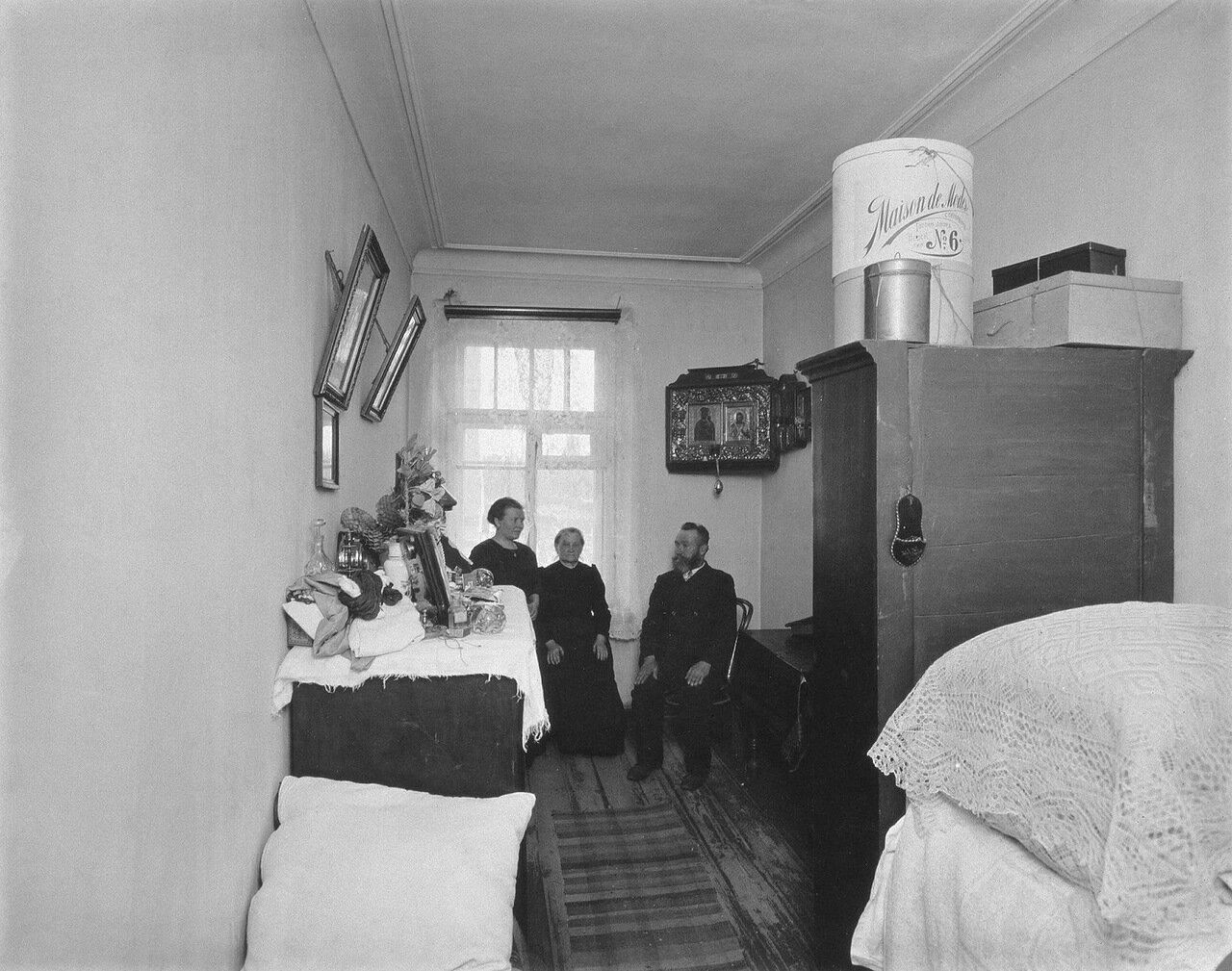 Квартира рабочей семьи на Нарвском проспекте