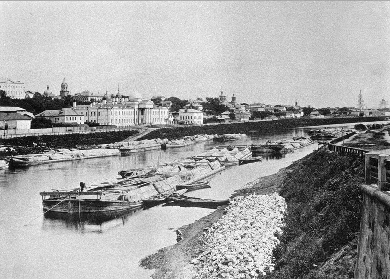534. Москва-река и Гончарная слобода от Новоустьинского моста