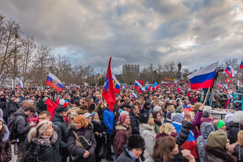 Крымская Весна в Севастополе © Никита Перфильев (Tokina AT-X 11-20mm F2.8)