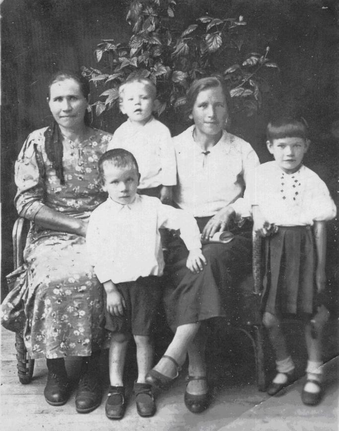 Справочник по правописанию, произношению, литературному. kak-pishetsya-slovo-vyydite.