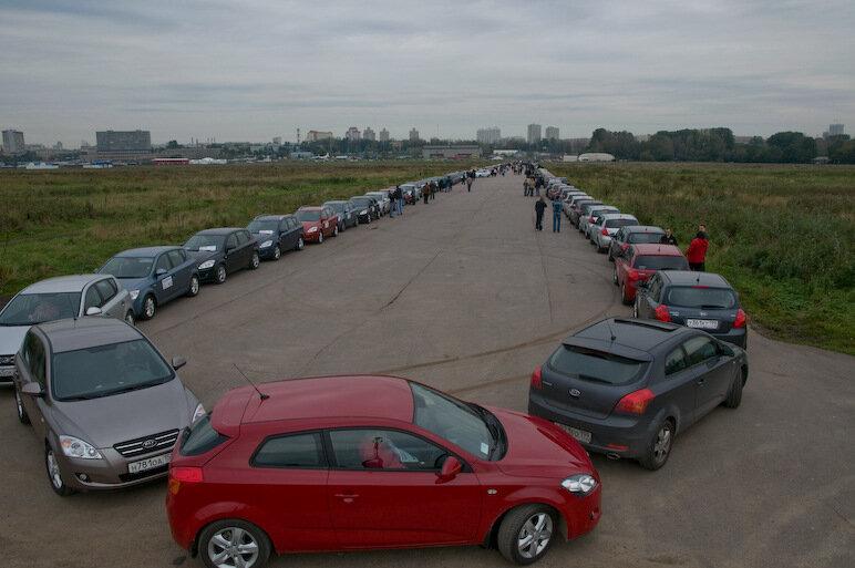 Ceed Club устанавливает рекорд Гиннеса. Фото (c) Михаил Поливанов