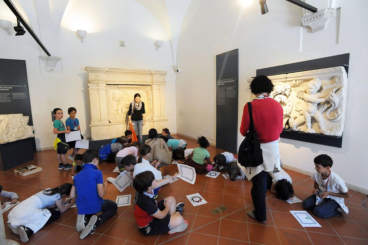 30. 25 июня 2011 года монастырь Санта-Джулия и археологическая зона Капитолия были включены в список