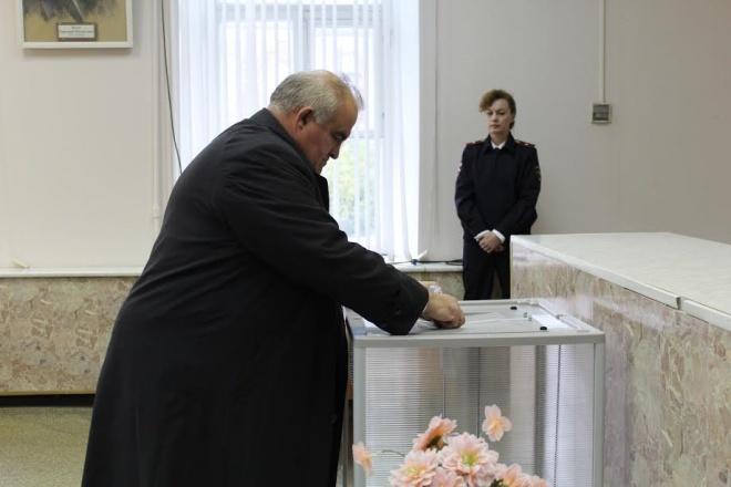 Тхакушинов пожертвовал креслом в государственной думе впользу Адыгейского кабинета