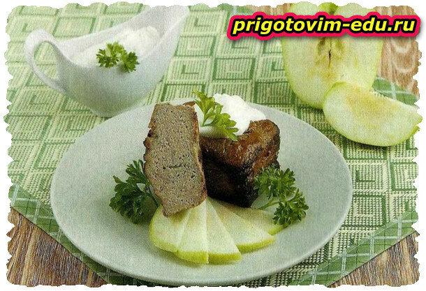 Печеночный паштет с яблоками на вине