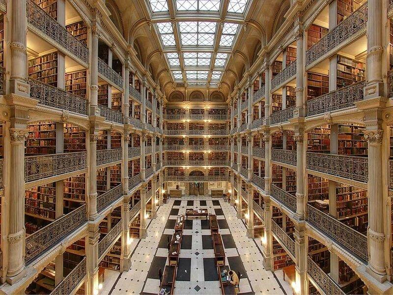 Библиотека Джордж Пибоди, Балтимор, США.