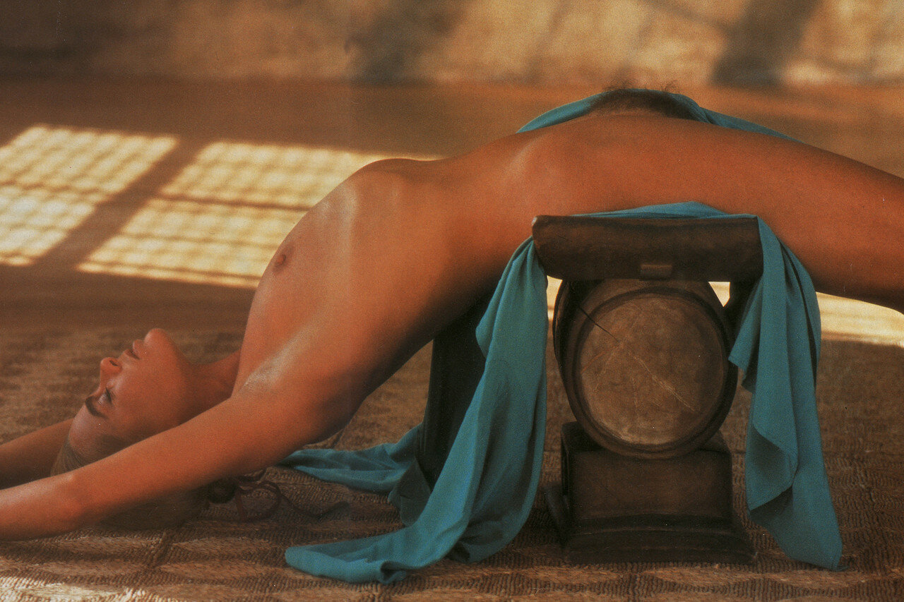 Margaux hemingway nude butt, pirates porn for women free
