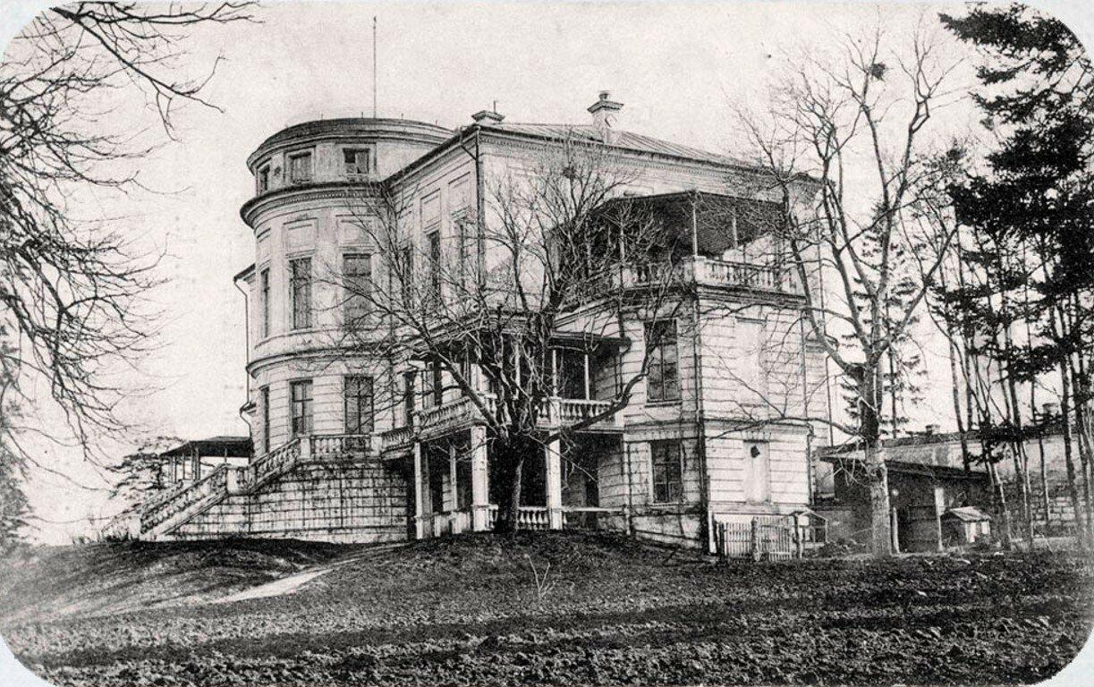 Дворец графов Бобринских