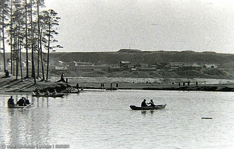 Озеро Бездонное в Серебряном бору 2.jpg