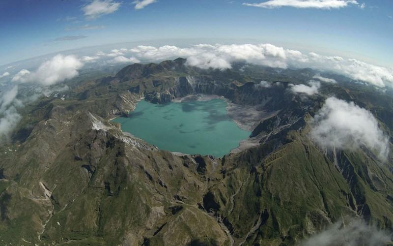 9. Из Себу в Гонконг Продолжительность перелета: 1706 км / 2 часа Покинув Себу и двигаясь на север,
