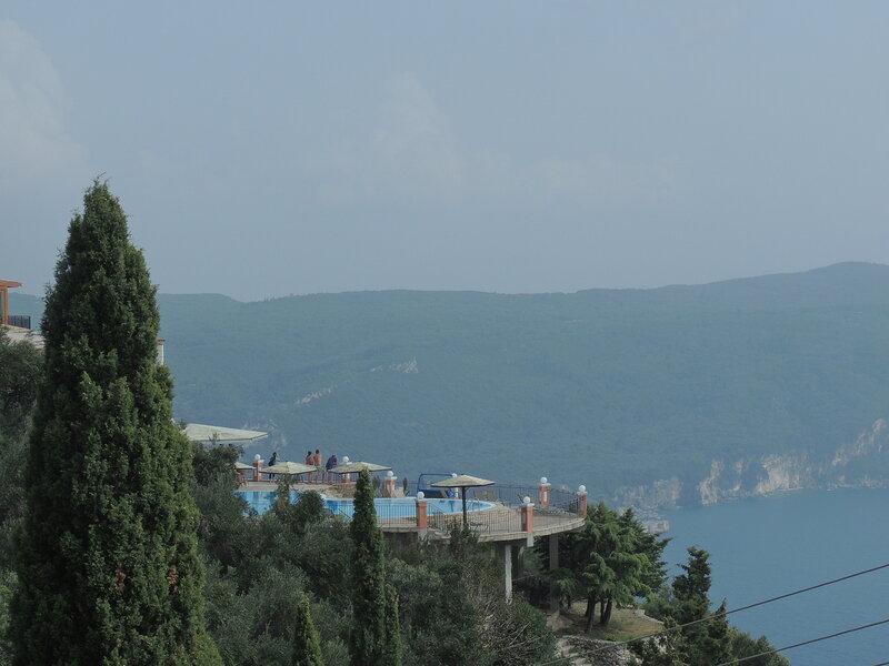 с дороги Paleokastritsa -  Agios Georgios