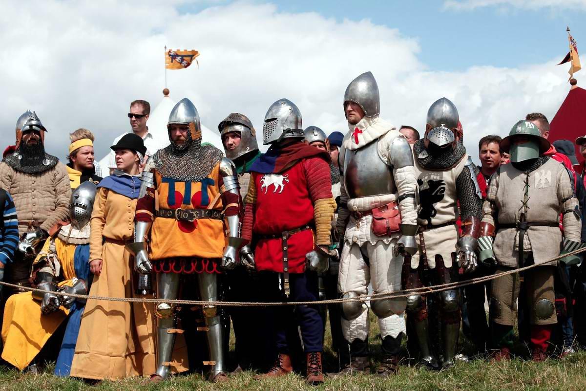 Эпизоды Столетней войны: Реконструкция битвы при Азенкуре в Северной Франции (12)