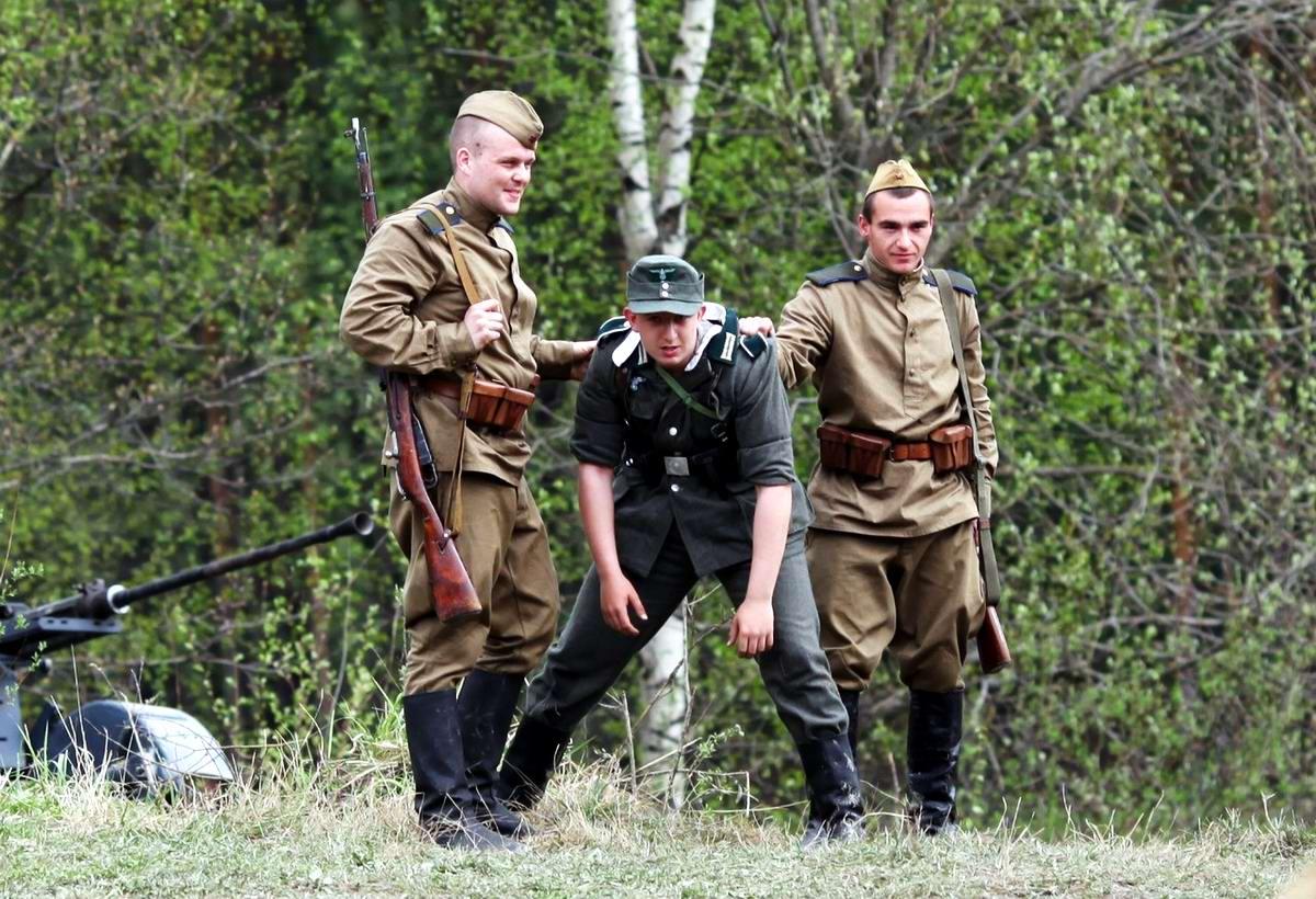 Забавные моменты из жизни военных реконструкторов (31)