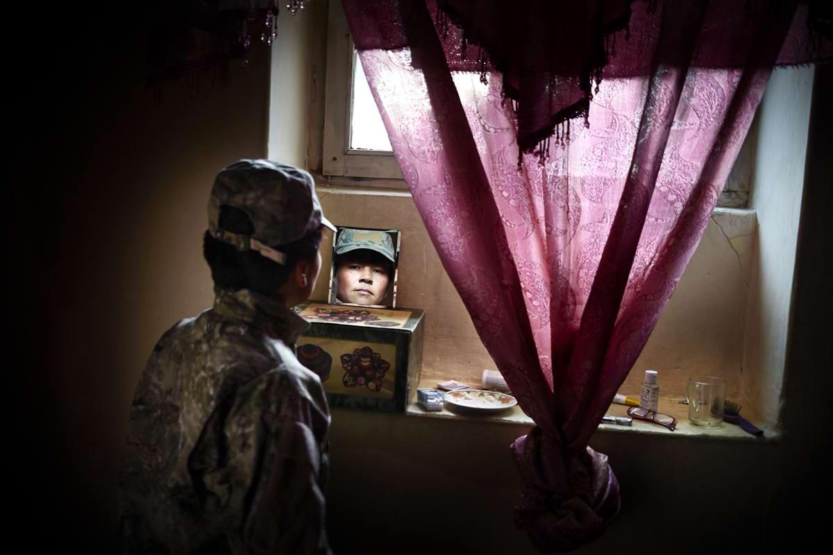 Афганские женщины из спецподразделений МВД Афганистана: картинки из жизни (13)