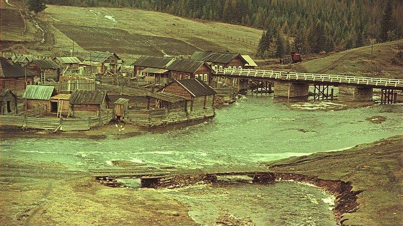 1956 Железнодорожная ветка Тайшет-Лена рядом с селом Каймоново.jpg