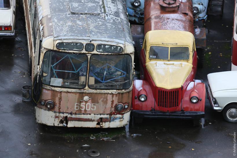 Кладбище городского транспорта Москвы