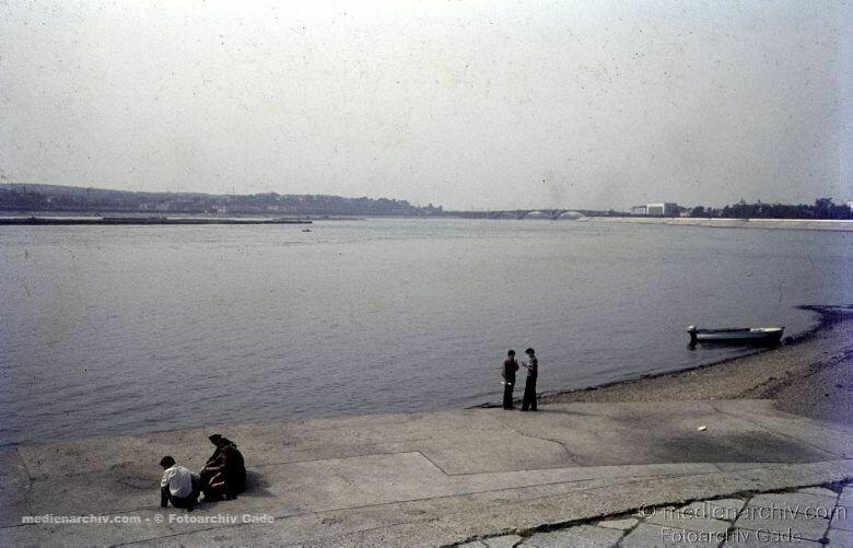 16. Набережная Ангары на бульваре Гагарина