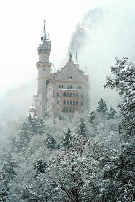 В снежной дымке