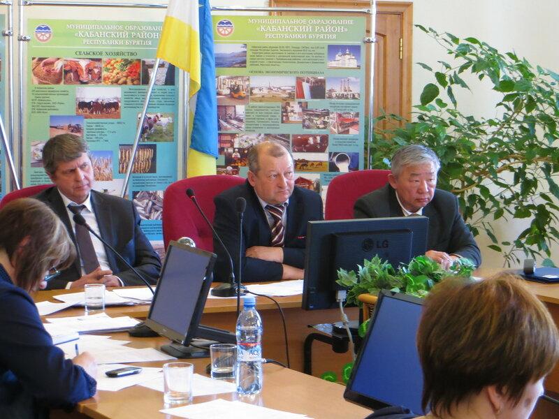 На первых общественных слушаниях по монгольским ГЭС в Кабанском районе республики Бурятия (февраль 2016 г.)